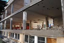 Rozsáhlá rekonstrukce školní jídelny ve Friedově ulici v Pelhřimově začala loni v srpnu.