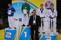 Jakub Skořepa v Aténách příjemně překvapil. V juniorské kategorii pro sebe rozhodl vyrovnané finále a ozdobil se zlatou medailí.