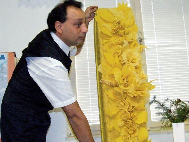 Mistr tradičních řemesel Stanislav Kejval