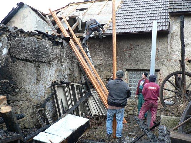 V Jankově hořela zemědělská usedlost.