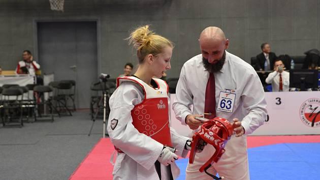 Pelhřimovská Dominika Hronová se stala nejúspěšnější českou reprezentantkou mistrovství Evropy do 21 let. K medaili to v kategorii do 49 kilogramů bohužel nedotáhla, její pouť turnajem skončila ve čtvrtfinále.