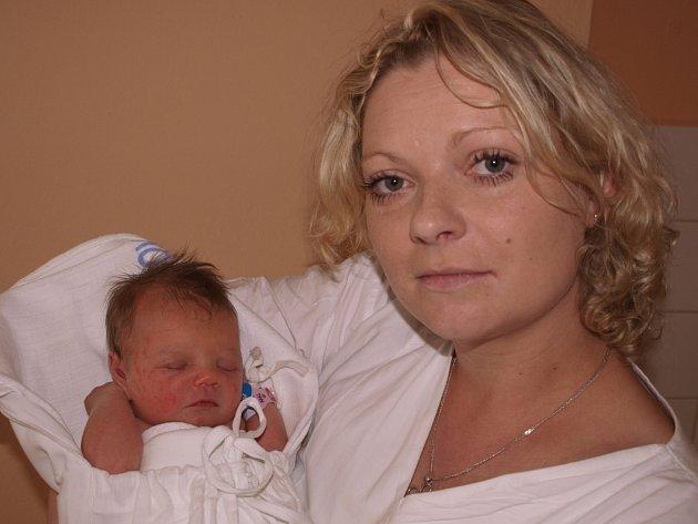 Viktorie Vejsadová, 21.6.2013, Čechtice, 2 700 g