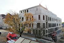Stavební práce na novém pavilonu v areálu Nemocnice Pelhřimov