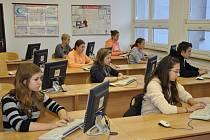 V Pelhřimově se soutěžilo v psaní všemi deseti.