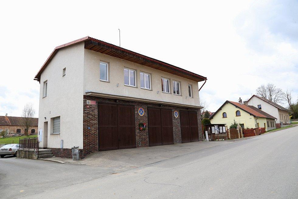 Hasičskou zbrojnici v Košeticích plánují rozšířit a rekonstruovat.