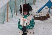 Na křešínském sněhu se konal karneval i před rokem.