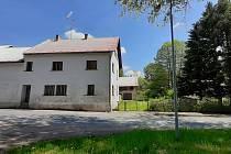 Objekt bývalého lihovaru v Černovicích.