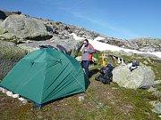 Milovníci přírody a turistiky Josef Směták a Lucie Kučerová procestovali Norsko stopem.