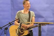 Hostem moderátora Šimona Pečenky byl například zpěvák Petr Bende.