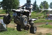 Na pacovském Propadu se nejezdí pouze motokros. Závodiště si oblíbili i majitelé čtyřkolek.