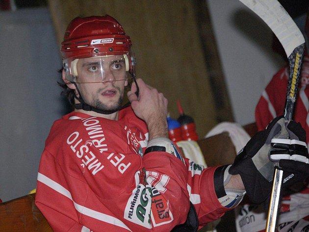 Jan Hrbatý zase řádil. Do sítě Benešova se trefil hned třikrát.