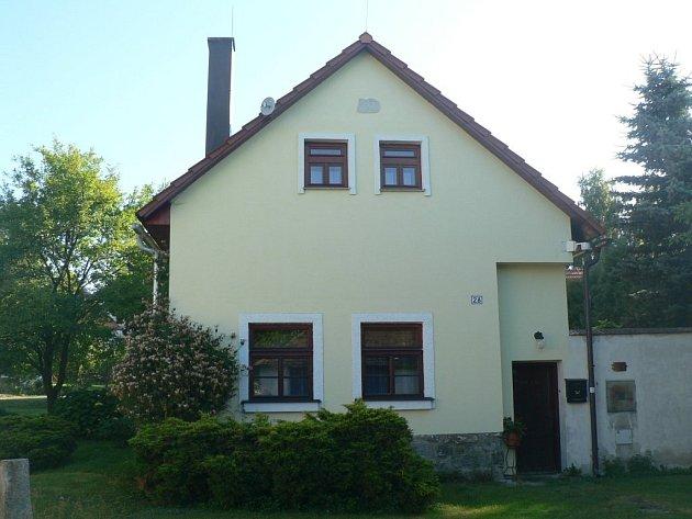 V tomto domě v Metánově pobýval Bedřich K.