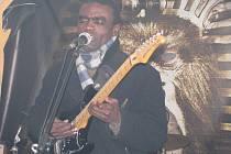Promrzlou pacovskou kapli rozehřál afrobeat
