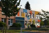 U Mateřské školy Na Rybníčku v Humpolci už stojí nová dvoupodlažní přístavba.