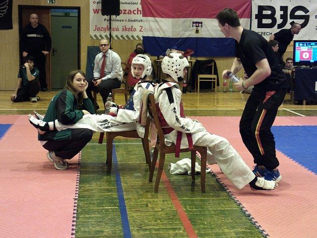 Pelhřimovský klub vyšle do svého turnaje početnou skupinu bojovníků. Ti ovšem budou soupeřit jen o individuální úspěchy, soutěže týmů se TKD Lacek už tradičně nezúčastní.