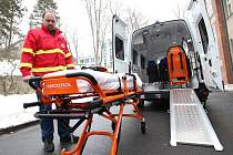 Pelhřimovská nemocnice získala další sanitku.