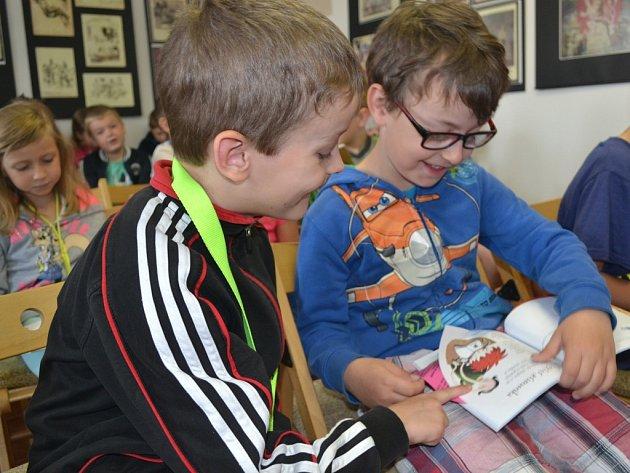 Humpolecká knihovna má s prázdninovou čtenářskou výzvou pro prvňáčky úspěch.