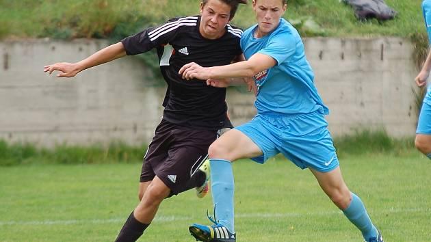 Mladší i starší dorostenci Pelhřimova se řadí mezi úspěšné divizní týmy. V tabulkách soutěže jim shodně patří čtvrté příčky.