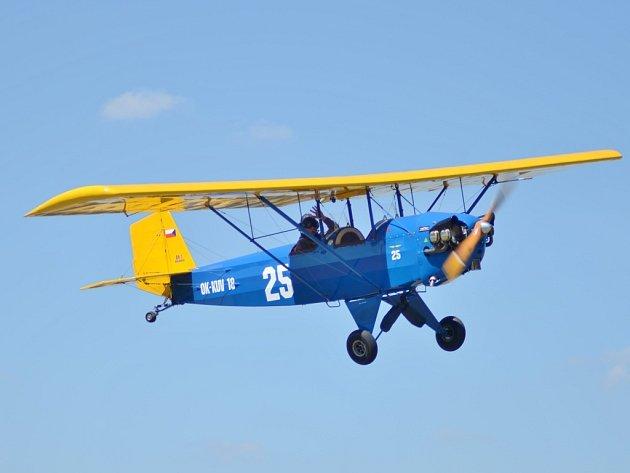 Nebudou chybět ani repliky historických letadel, které si návštěvníci prohlédnou na zemi i ve vzduchu.