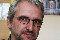 Vedoucí oddělení poradenství na pelhřimovském Úřadu práce Josef Hejda připravuje Mozaiku letos už po třinácté.