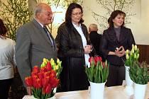 Na Zahradu Vysočiny jezdí pravidelně i předsedkyně sněmovny Miroslava Němcová – Josef Kříž vlevo.