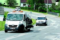 Silnice v Olešné se letos opravy nedočká.