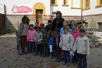 Dětský domov z Kamenice nad Lipou si užil krásný den v tamní Pohádkové říši Fábula.