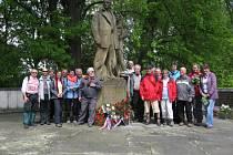 Klub českých turistů Pelhřimov uspořádal na Den vítězství, 8. května, pochod z Pelhřimova do Leskovic k památniku padlým.