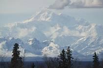 Nejvyšší hora Severní Ameriky Mount McKinley.