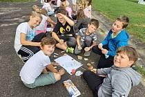 Žáci čtvrtých tříd Základní školy Komenského Pelhřimov na adaptačním kurzu