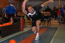 Lukáš Čekal, který se na začátku sezony spokojil jen s krajskou soutěží, byl pro Kamenici velkou posilou. V prvním ligovém zápase porazil 586 kuželek.