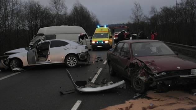 Řada nehod se stává na silnici I/34 vedoucí od Pelhřimova do Humpolce.