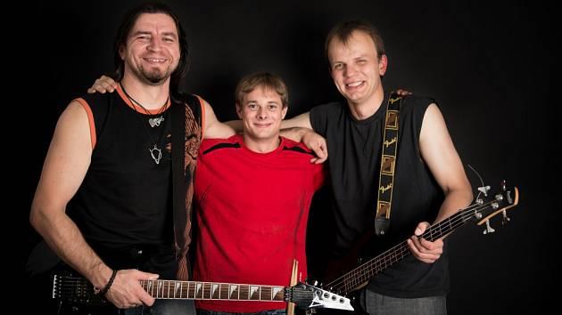 Kapela Katr zůstává v tříčlenném obsazení. Zleva  Pavel Žilka, František Křivánek a Vladislav Jaroš.