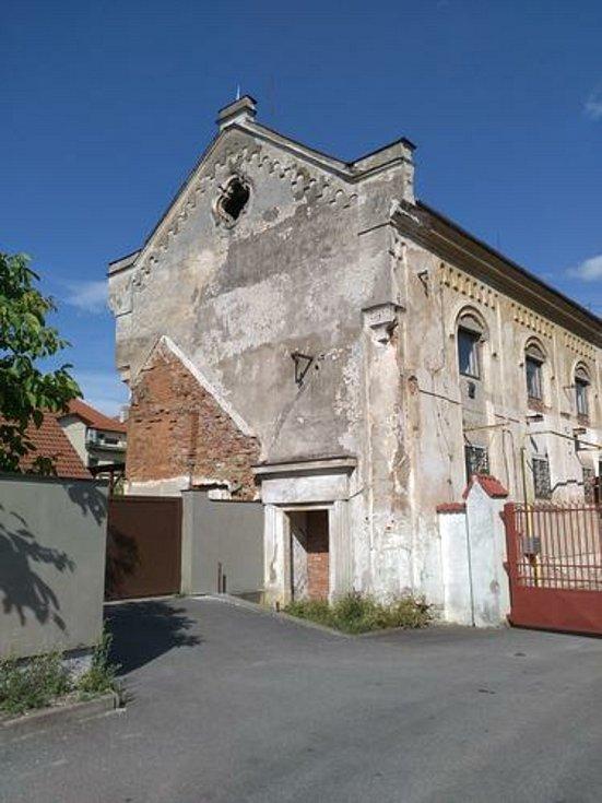 Záchrana pacovské synagogy se vyvíjí správným směrem.