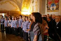 Řečníci spolku přáli dalších 150 let, hodně zpěváků i posluchačů.