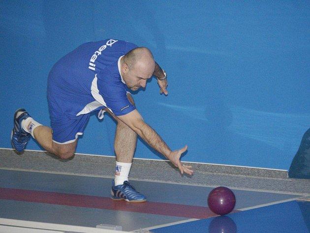 Libor Kočovský sice neuspěl, přesto se po zápase s Rosicemi radoval. Žirovnice totiž favorita porazila.
