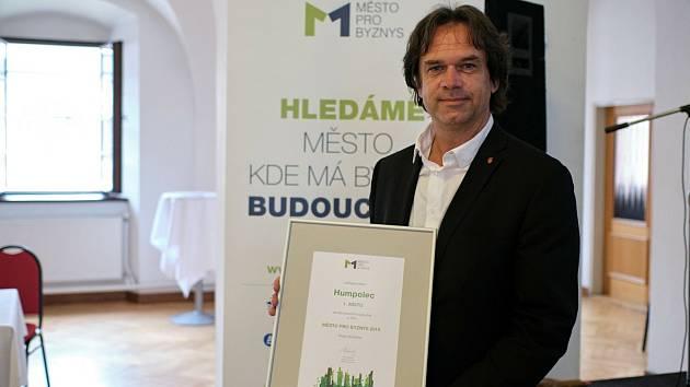 Starosta Humpolce i letos přebral ocenění pro krajského vítěze výzkumu Město pro byznys.