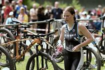 Triatlon ve Vyskytné přinesl vyrovnanější boj o prvenství v kategorii mužů. Ženám suverénně kralovala Michaela Matoušová.