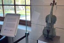 Mramorové housle