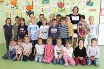 Na fotografii jsou žáci ze ZŠ Kamenice nad Lipou, třída 1.B paní učitelky Jaroslavy Voráčkové.