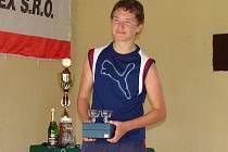 JE TŘEBA SMEKNOUT. Václav Horák z Vystrkova sice v celkovém pořadí skončil na 68. místě, ale nejen kvůli jeho věku je potřeba před jeho výkonem smeknout.