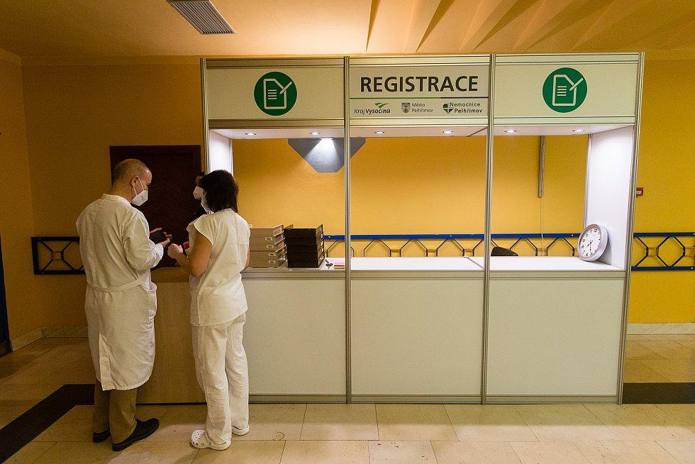 Očkování proti koronaviru v KD Máj v Pelhřimově.