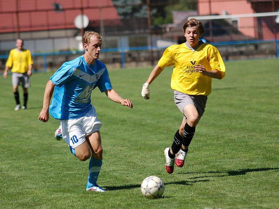 Naprosto zasloužený debakl utrpěli fotbalisté Humpolce B v zápase s Dobronínem. Hosté byli nejen fotbalovější, ale prezentovali se také větším zaujetím pro hru.