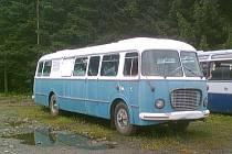 Tradiční vůz pojízdné prodejny v minulosti