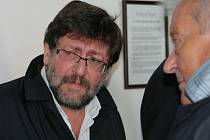 Sexuolog Petr Weiss u Okresního soudu v Pelhřimově.
