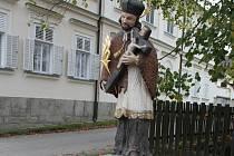 Libkova Voda nechala v centru obce zrestaurovat sochu sv. Jana Nepomuckého.