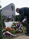 Ve středu 8. listopadu, se u pomníku Alexandra Dubčeka na 88. kilometru dálnice D1 sešli vzácní hosté.