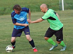 Ani sousedské měření sil nic nezměnilo na špatné sezoně fotbalistů Petrovic. Po prohře se Želivem jsou stále bez bodu poslední.