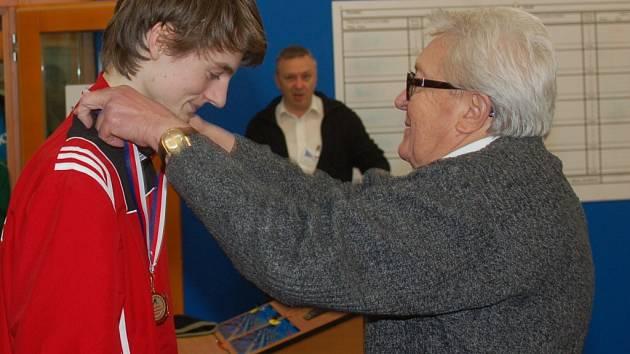 Petr Dobeš v Pelhřimově ovládl kategorii dorostenců. Vzhledem k výkonům, které předvedl, bude patřit mezi největší favority i při republikovém šampionátu.