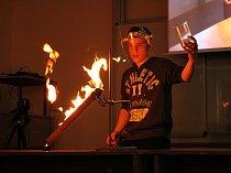 OBRAZEM: Na jubilejní Noci vědců tekl dusík proudem